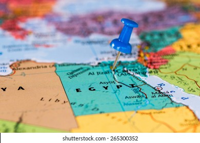 Map of Egypt with a blue pushpin stuck