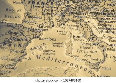 Outline of Regions of Italy Map Stock Photos, Images ... on marseille italy, london italy, valencia italy, granada italy, ibiza italy, messina italy, vienna italy, geneva italy, mantua italy, athens italy, cologne italy, cartagena italy, seville italy, barcelona italy,