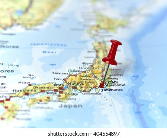 Map of Japan with pin set on Tokyo.