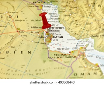 map of saudi arabia with pin set on qatar