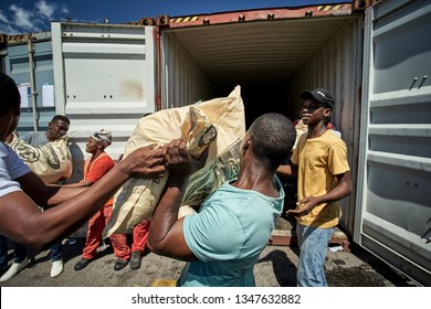 Maputo, Moçambique; March 22 2019: Volunteer action in solidarity with victims of cyclone Iday at the port of Maputo