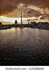 Marathi attained sanjivan Samadhiunder the Siddheshwar temple in Alandi. A temple complex has been built at the spot of Sant Dnyaneshwar's samadhi.