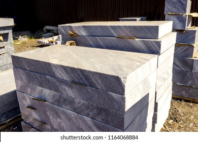 Marble  slabs for making tombstones in the warehouse