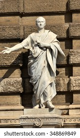 Marble Statue of the famous roman orator Cicero outside old Palace of Justice in Rome (19th century)