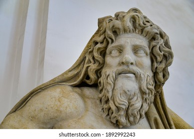 Marble statue in Naples National Archaeological Museum. The museum contains a large collection of Roman artifacts from Pompeii, Stabiae and Herculaneum. - Shutterstock ID 1892992243