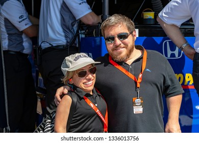 March 09, 2019 - St. Petersburg, Florida, USA: Stars of the television series Little Couple, Bill and Jennifer Klein watch a practice session for the Firestone Grand Prix of St. Petersburg
