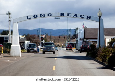 March 22, 2010. Long Beach, Washington, USA. The welcome and title sign of the resort town of Long Beach, Washington.