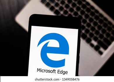 March 25, 2019, Brazil. Microsoft Edge browser logo on your mobile device. Microsoft Edge is an Internet browser developed by Microsoft. He is the successor of Internet Explorer.