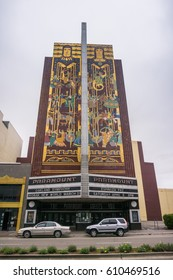 March 26, 2017 Oakland/CA/USA - Old Paramount theater in downtown Oakland, San Francisco bay area