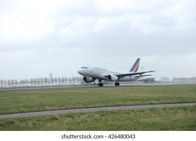 March, 27th 2015, Amsterdam Schiphol Airport F-GRHQ Air France Airbus A319-100  Polderbaan Runway