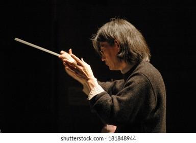 "MARCH 6, 2006 - BERLIN: Kent Nagano at a rehearsal to the music festival ""Maerz Musik 2006"", Haus der Berliner Festspiele, Berlin."