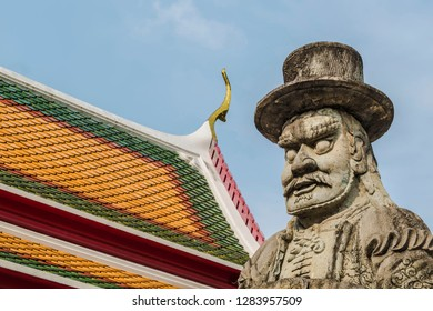 Marco Polo Chinese statue wat pho in Thailand