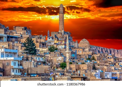 Mardin is an old city. Historical stone buildings, the city's minarets Mardin's best tourist attractions. Turkey