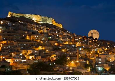 Mardin old town, Moon rise