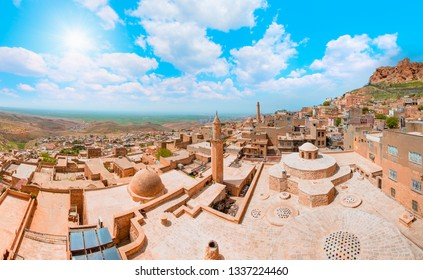 Mardin old town with with spectacular views of mesopotamia and Mardin castle - Mardin, Turkey