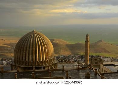 mardin ulu camii mosque with mesopotamia plain