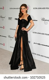 Maria Menounos at the 18th Annual Elton John AIDS Foundation Oscar Viewing Party, Pacific Design Center, West Hollywood, CA. 03-07-10