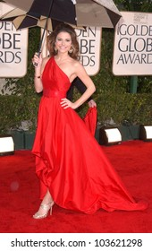 Maria Menounos  at the 67th Annual Golden Globe Awards, Beverly Hilton Hotel, Beverly Hills, CA. 01-17-10