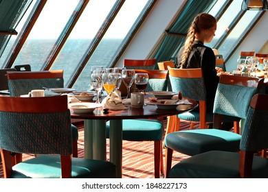 mariehamn-finland-08032020-cruise-ship-2