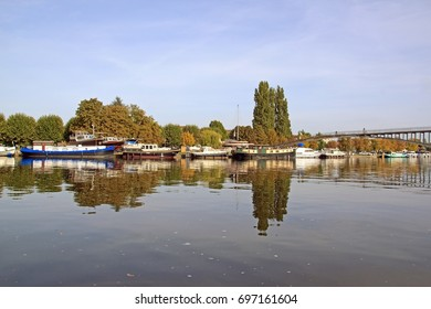 The marina of Auxerre (Burgundy, France).