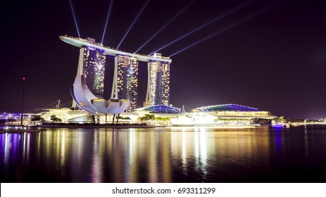 Marina bay sands, Singapore - MARCH 17, 2015 : Photo of  Night light show in Marina bay sands building.