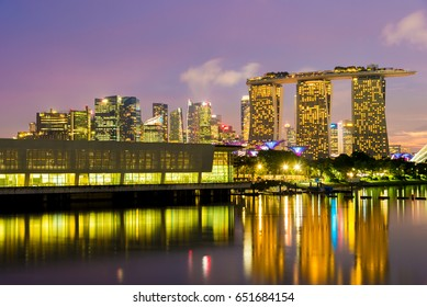 MARINA BAY SANDS, SINGAPORE - May 23, 2017: Marina Bay Hotel view from Marina Barrage at night in  Marina Bay Sands Singapore.