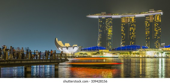 MARINA BAY SANDS, SINGAPORE NOVEMBER 05, 2015: Marina Bay waterfront and skyline, Singapore on November 05, 2015