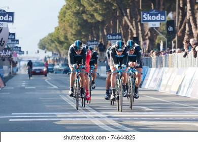 MARINA DI CARRARA, CARRARA, ITALY - MARCH 09: Team Sky Procycling during the 1st Time Trial stage of 2011 Tirreno-Adriatico on March 09, 2011 in Marina di Carrara, Carrara, Italy