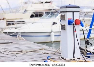 Marina power pedestal