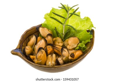 Marinated mussels with rosemary