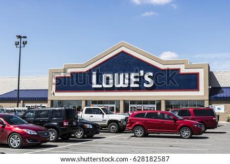 827f0c36bc Marion - Circa April 2017  Lowe s Home Improvement Warehouse. Lowe s  operates retail home improvement