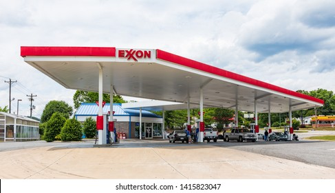 MARION, NC, USA-5/31/19:  An Exxon gas station covered by awning.