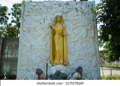Mari,Our of lady,Statue of Our Lady,Sculpture of Our Lady, Mari statue in the cave,