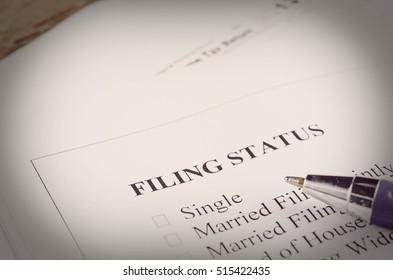 Marital status form with checkbox