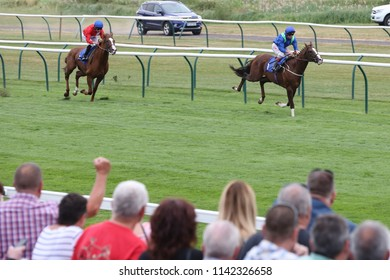 The Mark Johnston trained Aquarium ridden by Franny Norton winning at Nottingham Races for Kingsley Park Owners : Colwick Park, Nottingham Races, UK : 20 July 2018 : Pic Mick Atkins