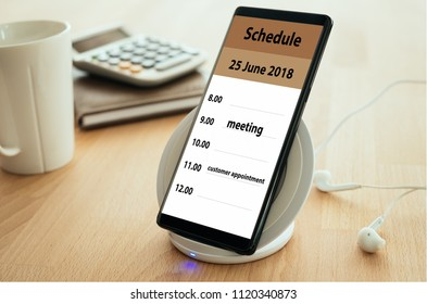The mark on your smartphone schedule on the calendar as reminders of important dates or to schedule a meeting or event. Remind Concept.