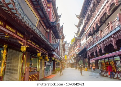 Market in the historical buildings in pagoda style in the area of Yuyuan Garden in Shanghai, China.
