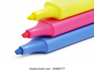 Marking phosphorescent felt-tip pens of blue, red and yellow color