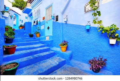 Marocco, Chefchaouen - 28 NOV 2018. Traditional moroccan architectural details in Chefchaouen, Morocco, Africa