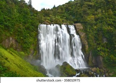 Marokopa Falls at Waitomo