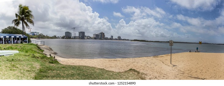 MAROOCHYDORE RIVER,QUEENSLAND, AUSTRALIA -16th OCTOBER 2018:-The Maroochydore river meets the sea here.
