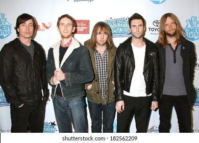 Maroon 5 at Night of Too Many Stars - An Overbooked Benefit for Autism Education, Beacon Theater, New York, NY, April 13, 2008