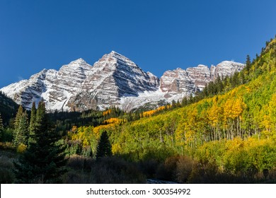 Maroon Bells Aspen Colorado in Fall
