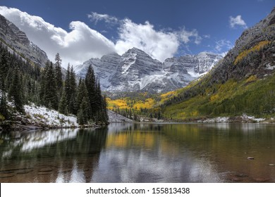 Maroon Bells Colorado after an early Autumn Snow