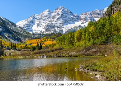 Maroon Bells and Lake - An autumn view of Maroon Bells and Maroon Lake, Aspen, Colorado, USA.
