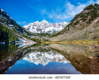 Maroon Bells peak at Maroon Lake, Aspen, Colorado