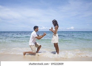 Marriage proposal in Boracay in the Philippines