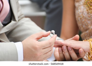 Married ,lovely, Wearing a wedding ring, Diamond, bridal