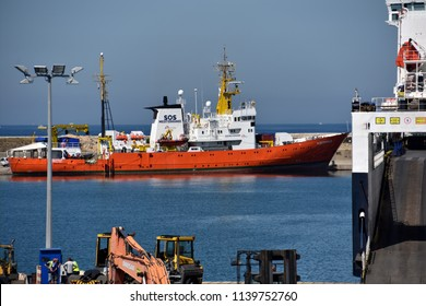 """Marseille, France - June 30, 2018 :  The humanitarian ship """"Aquarius,"""" chartered by European NGO SOS-Mediterranean and Doctors Without Borders, finishes its visit at the port of Marseille"""