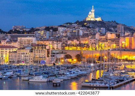 marseille france night famous european harbour の写真素材 今すぐ